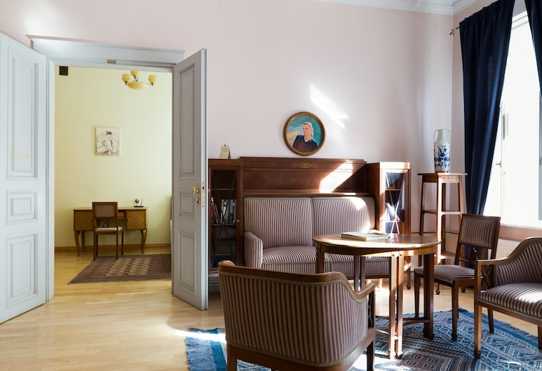 Chopin Boutique B&B, Warsaw, Deluxe Double Room, Living Area