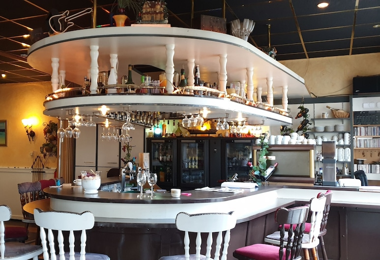 De Zevende Hemel, Kerkrade, Bar del hotel