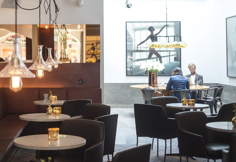 Miss Clara by Nobis, Stockholm, a Member of Design Hotels, Stockholm, Hotelbar