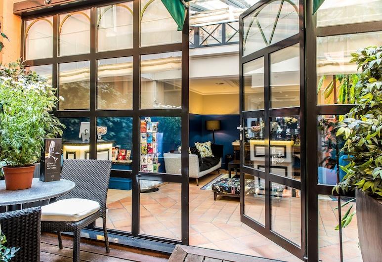 Hôtel Jardin le Bréa, Paris, Terrasse/veranda