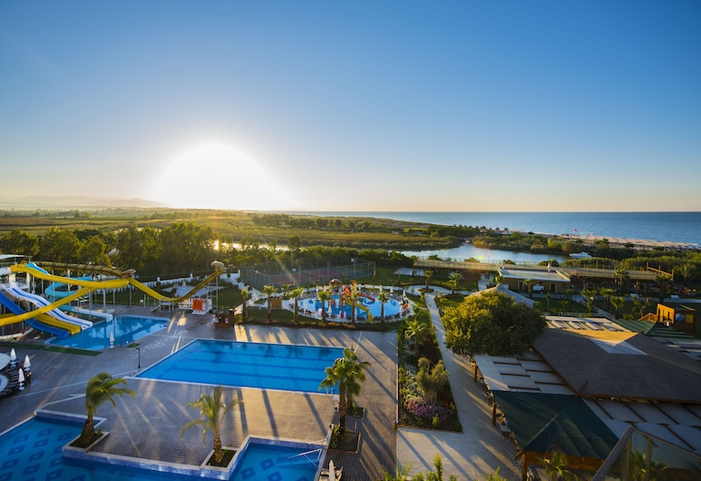 Port Nature Luxury Resort & Spa – All Inclusive, Belek, Centro acuático