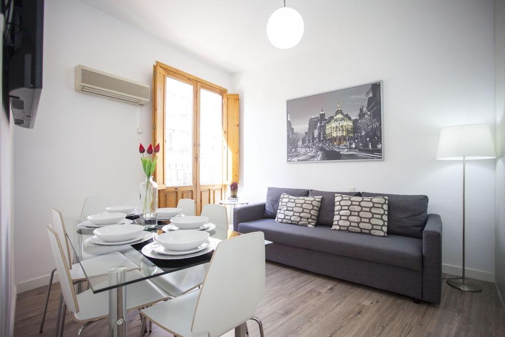 Apartamentos Fuencarral 50, Madrid