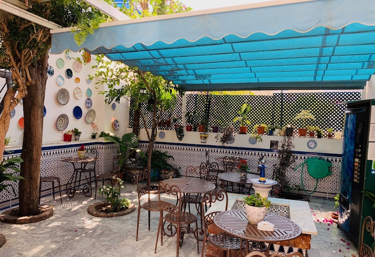 Pension Aduar, Marbella, Ingang binnen