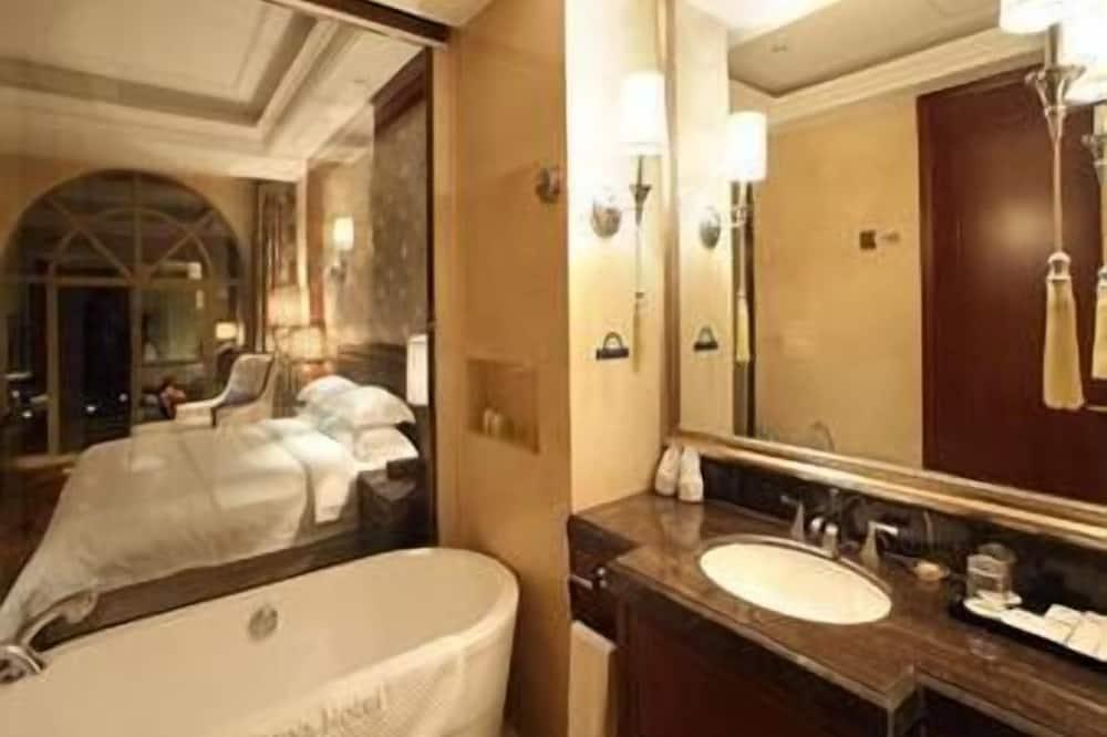 豪华客房, 1 张特大床, 吸烟房 - Badkamer