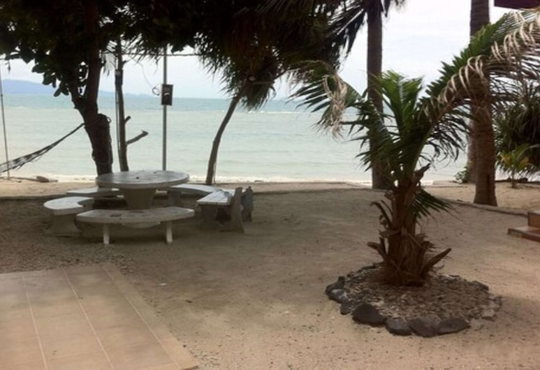 Black & White Bungalows, Ko Pha-ngan, חוף ים