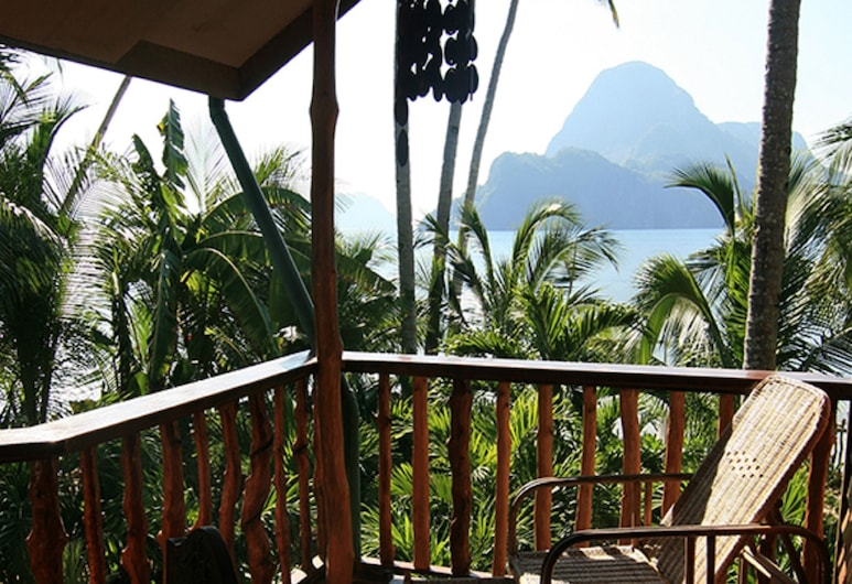 La Salangane Caalan Beach Villa, El Nido, Caalan Apartments, Balkon