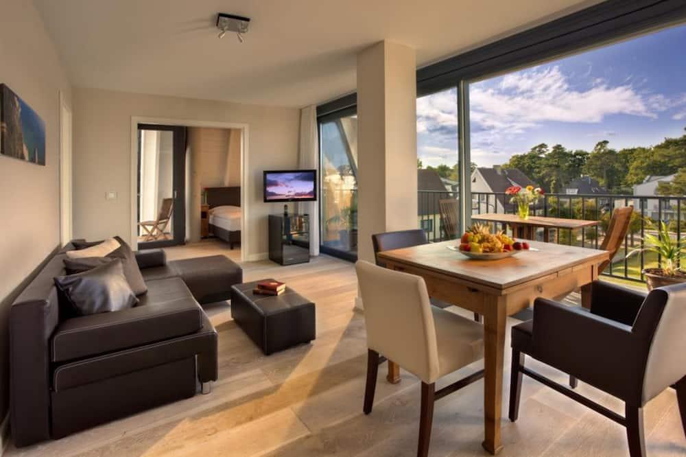 Luksusa numurs, divas guļamistabas, balkons (Typ 3) - Dzīvojamā istaba