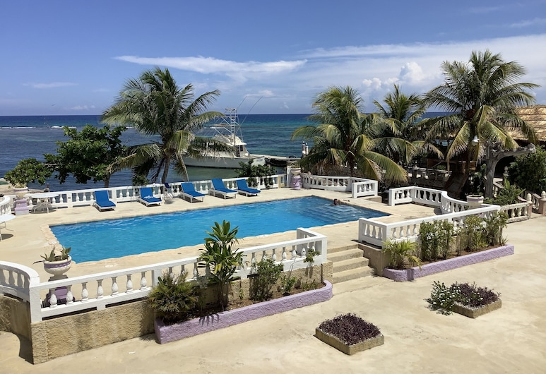 Cariblue Beach Hotel and Scuba Diving Resort, Montego Bay