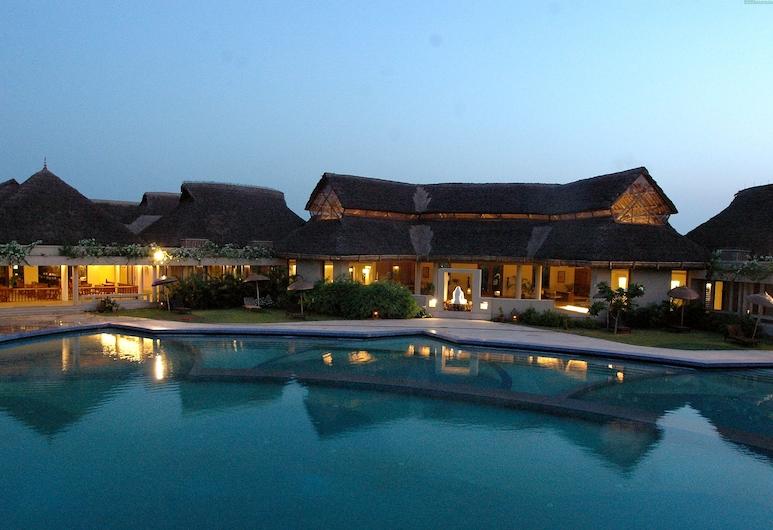 Vedic Village Spa Resort, Kalkāta, Āra baseins