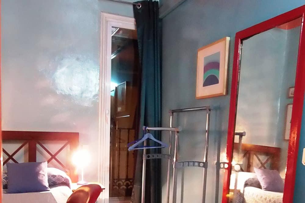 Phòng đơn, Phòng tắm dùng chung - Phòng