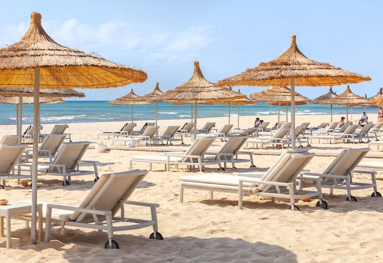 "TUI BLUE OCEANA SUITES "" Adults Only"", Хаммамет, Пляж"