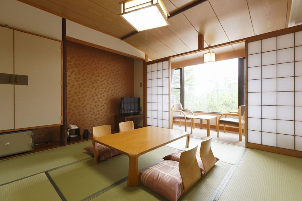 Traditional-Zimmer, Nichtraucher, Gemeinschaftsbad - Essbereich im Zimmer