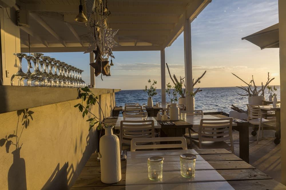 Bar pantai