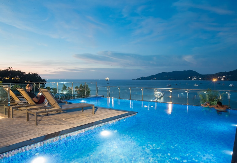 Patong Signature Boutique Hotel, Patong, Rooftop Pool