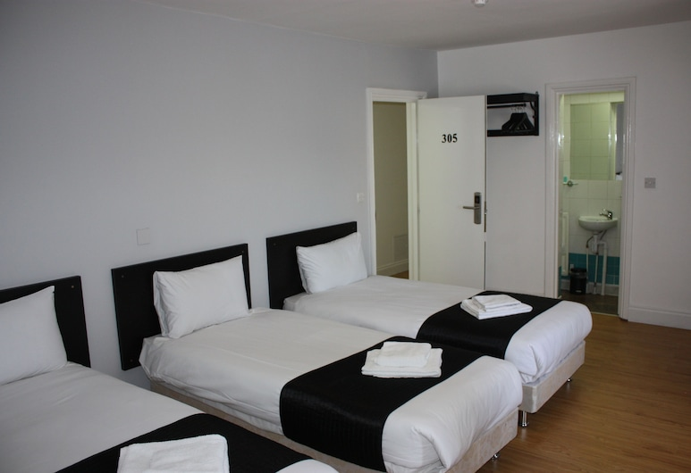Central Park Hotel, London, Standard Twin Room, Guest Room