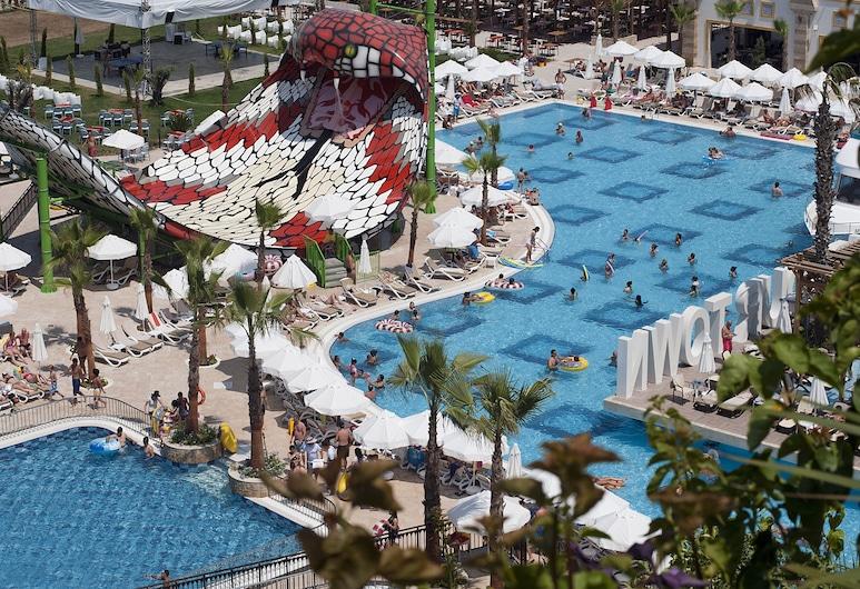 Crystal Sunset Luxury Resort & Spa - All Inclusive, Side, Vonkajší bazén