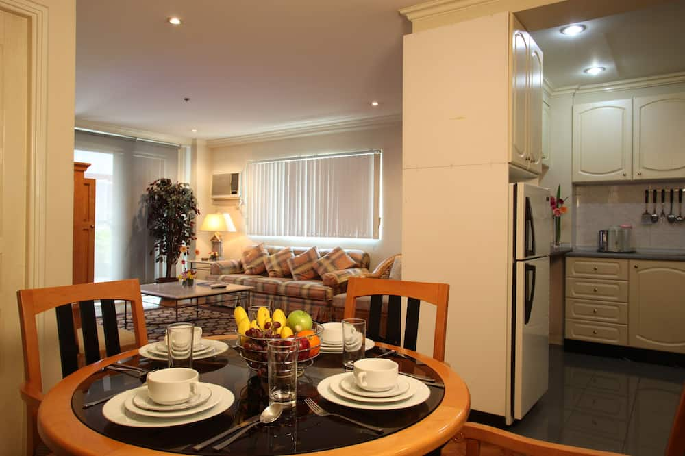 Two Bedroom Executive Room - In-Room Dining