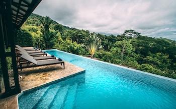 Fotografia hotela (Tiki Villas Rainforest Lodge & Spa) v meste Ballena