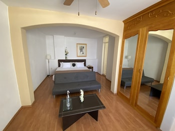 Picture of Hotel Casona Los Vitrales by Prima Collection  in Zacatecas