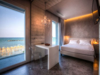 Enter your dates to get the Bellaria-Igea Marina hotel deal