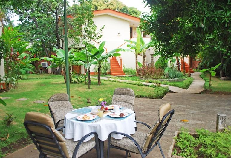 Hotel La Posada de Don Pantaleón, Μανάγουα, Γεύματα σε εξωτερικό χώρο