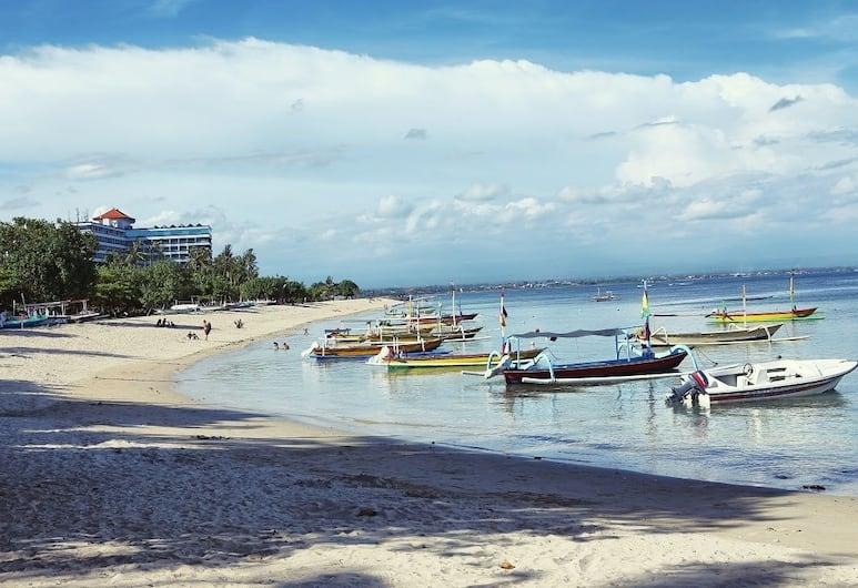 峇里島帕特里齊亞飯店, 登帕薩, 海灘
