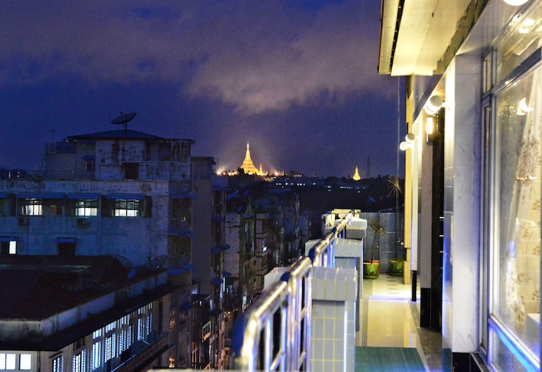 Hotel Grand United (Chinatown), Yangon, Penthouse Suite with Double Bed, Terrace/Patio