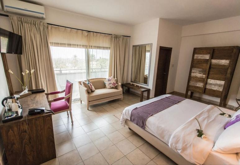 The Swiss Hotel, Freetown, Kamar Superior, Kamar Tamu
