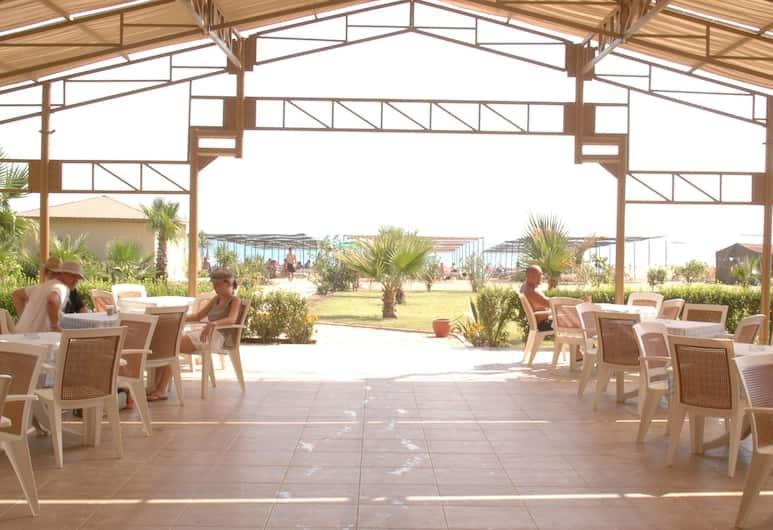 Hotel Titan Garden, Alanya, Restauration en terrasse