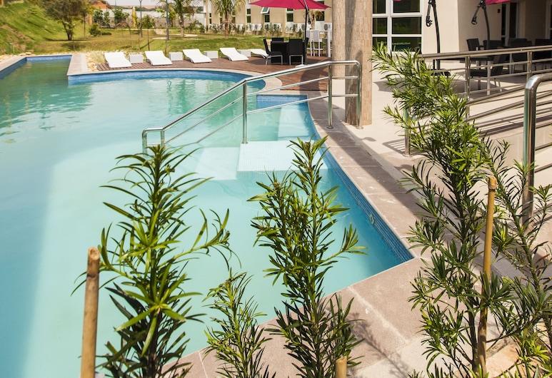 Intercity Vinhedo, Vinhedo, Pool