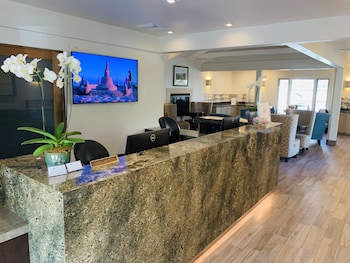 Picture of Franciscan Inn & Suites in Santa Barbara
