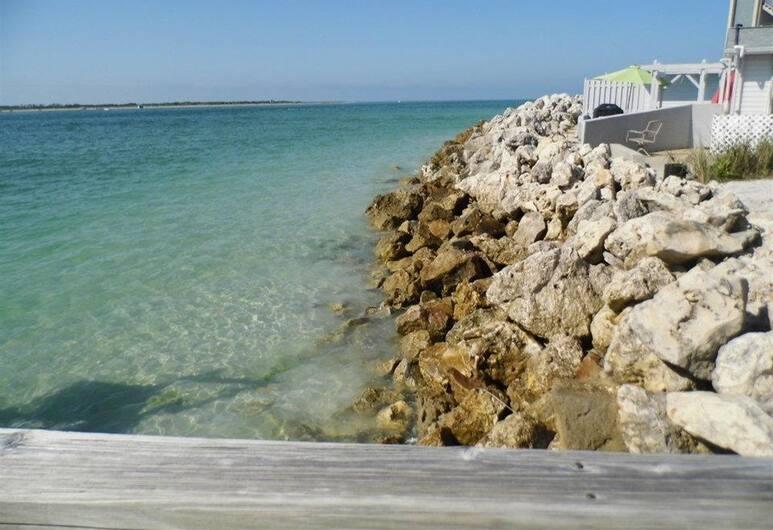 Island's End Resort, St. Pete Beach, Spiaggia