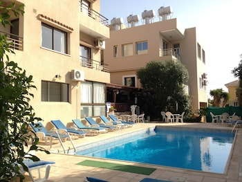 Picture of Panklitos Tourist Apartments in Paphos