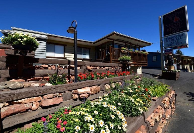 Alpine Trail Ridge Inn, אסטס פארק, חזית המלון