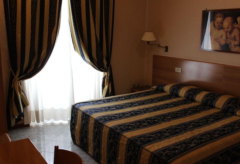 디펜던스 호텔 데이 콘솔리, 로마, 클래식 더블룸, 객실