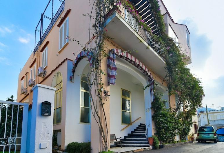 伊斯基亞阿爾貝格大西洋飯店, 伊斯基亞