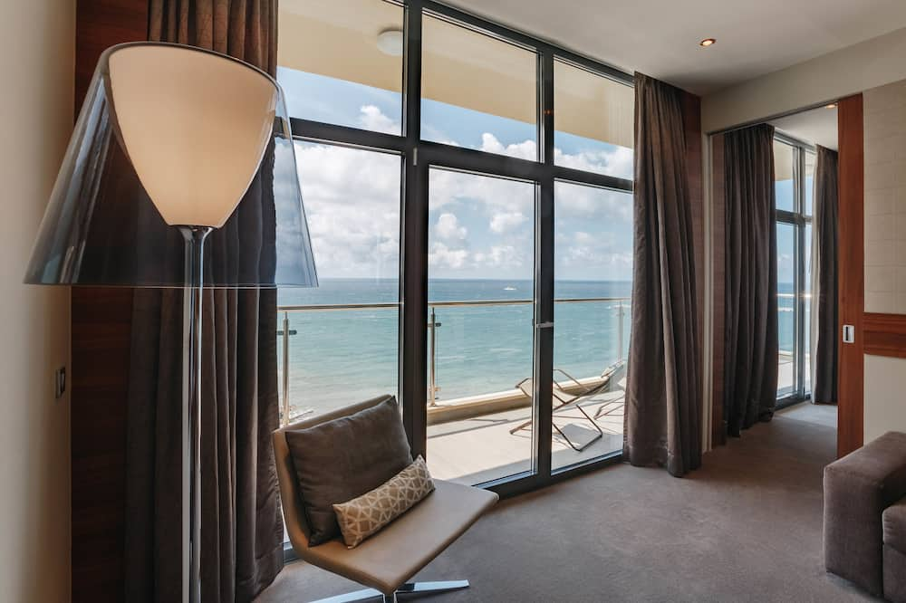 Deluxe Suite, 1 Double Bed with Sofa bed, Sea View - Guest Room View