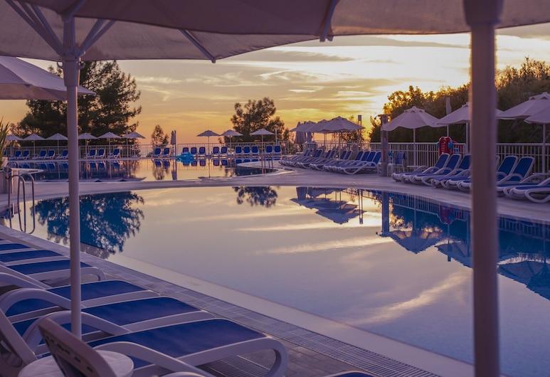 加西亞渡假村及水療中心, 費特希耶, 室外游泳池