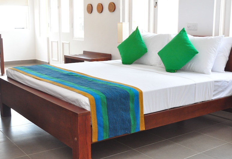 Comfort@15 Hotel Colombo, Colombo, Deluxe Room, Balcony, Sea View, Guest Room