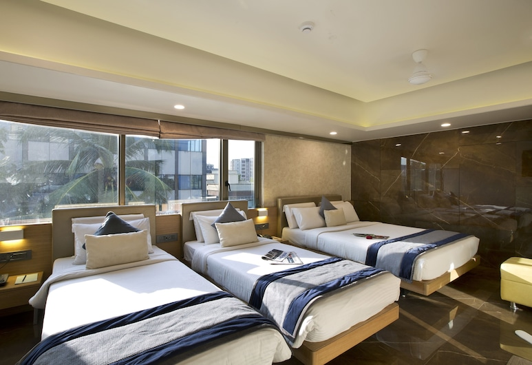 Hotel Planet Residency, Mumbai, Deluxe Triple Room, Guest Room