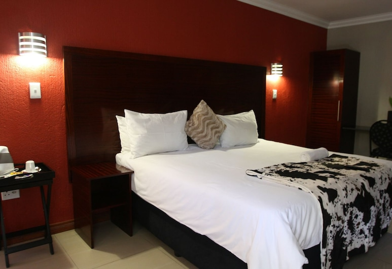Khayalami Boutique Hotel, Nelspruit, Family Room, Guest Room