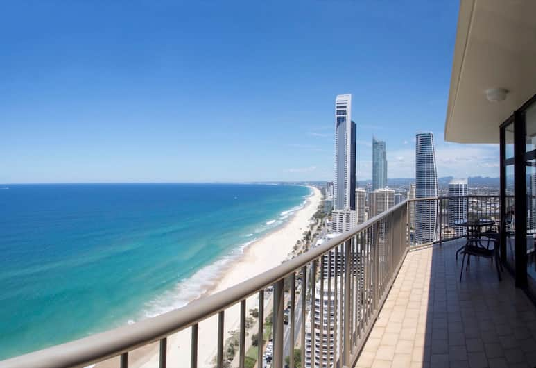 View Pacific Holiday Apartments, Surfers Paradise, Penthouse, 2 Bedrooms, Ocean View, Beachfront, Balcony