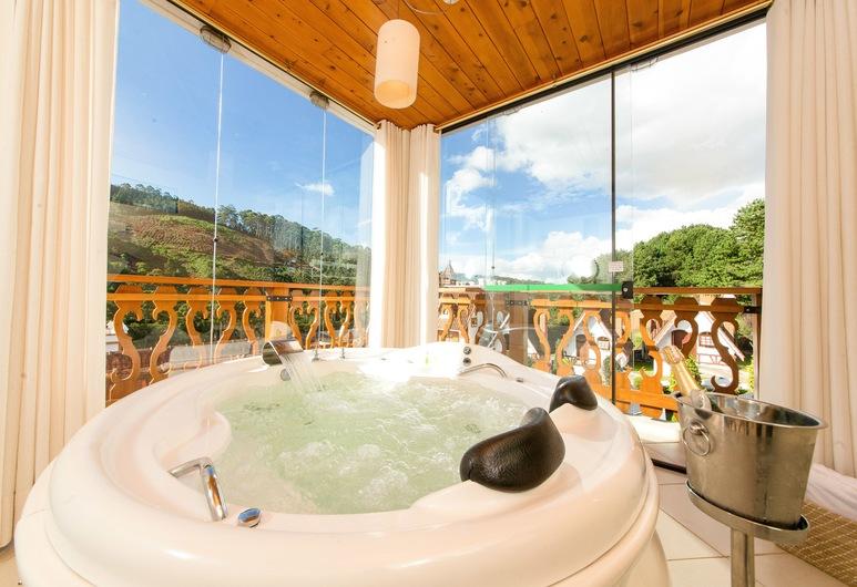 Pousada Palos Verdes, Monte Verde, Double Room, Jetted Tub (Chale Duplex Prime), Guest Room