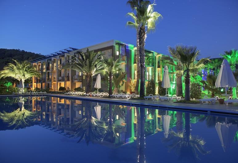 Crystal Green Bay Resort & Spa – All Inclusive, Milas, Porch