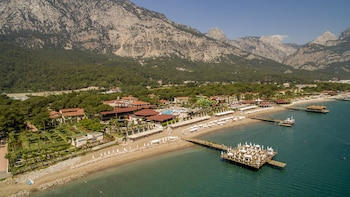 Foto del Crystal Flora Beach Resort – All Inclusive en Kemer