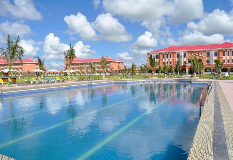 Golden Peacock Resort Hotel, Beira, Pool
