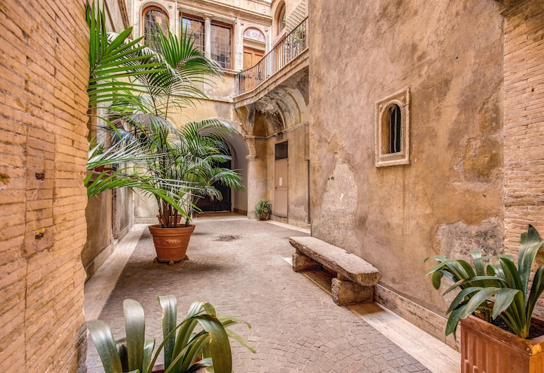 HiSuiteROME, Rome, Luxury Apartment, 2 Bedrooms, Terrace/Patio