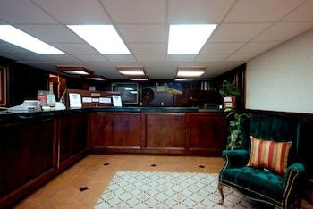 תמונה של Country Hearth Inn & Suites Marietta במרייטה