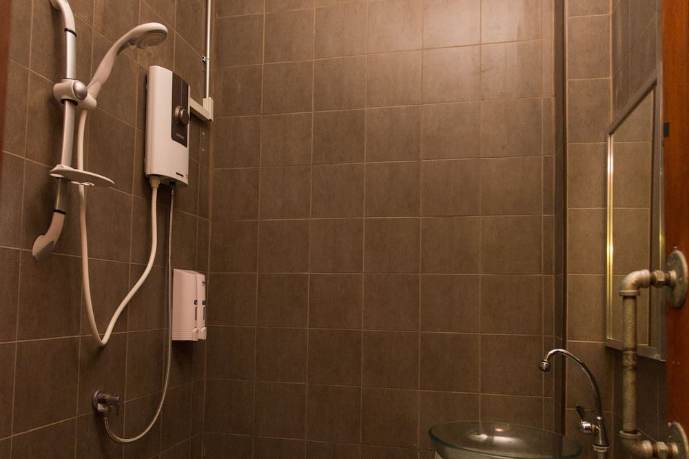 Family Room 2 Bunk Beds Air Con Shared Bathroom - Fürdőszoba
