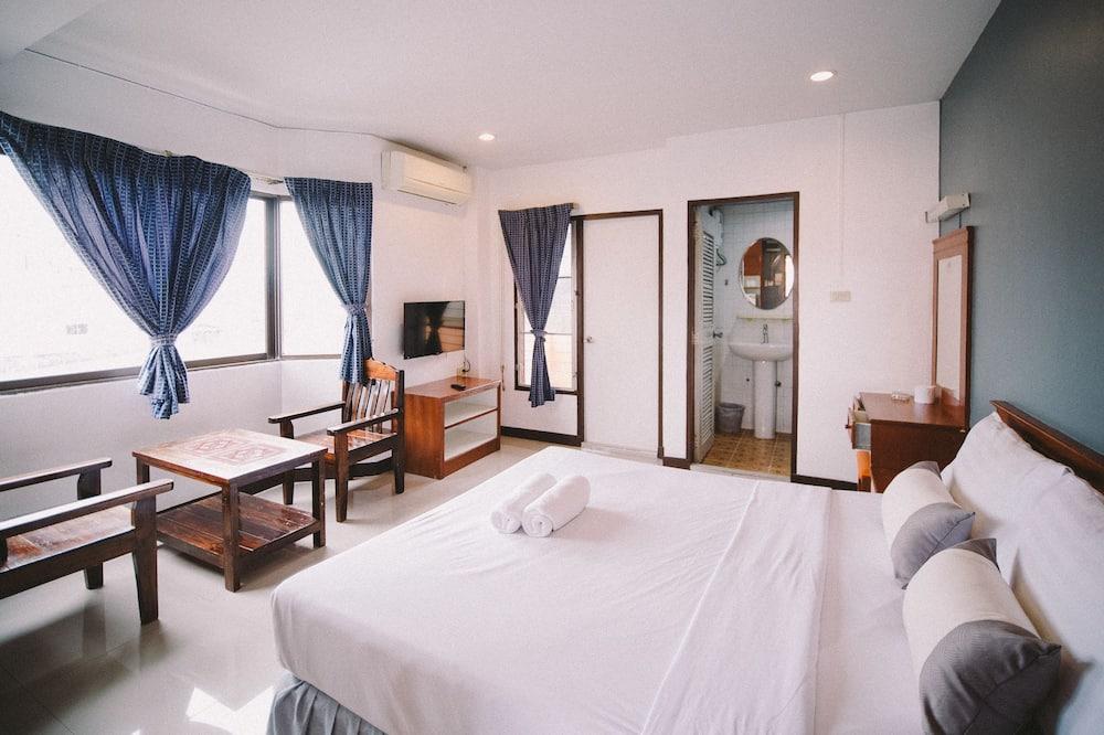 Deluxe Double Room with Balcony - Kamar Tamu